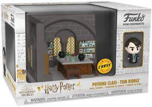 FUNKO Mini Moments de Tom Riddle Chase - Diorama FUNKO Mini Moments de Harry Potter de la clase de pociones - Potions Class
